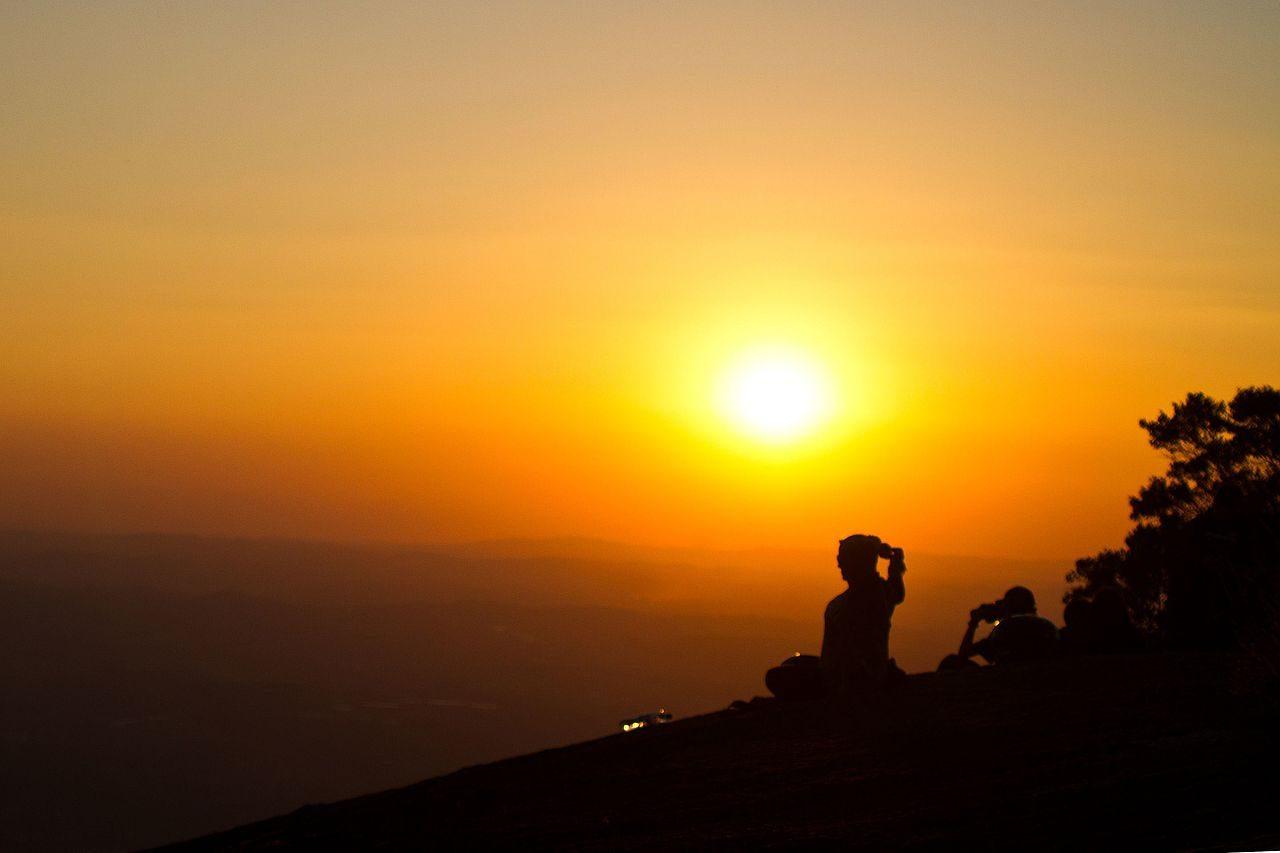 Al mare Corsi di Yoga e Meditazione al Conero Azzurro di Numana (AN)